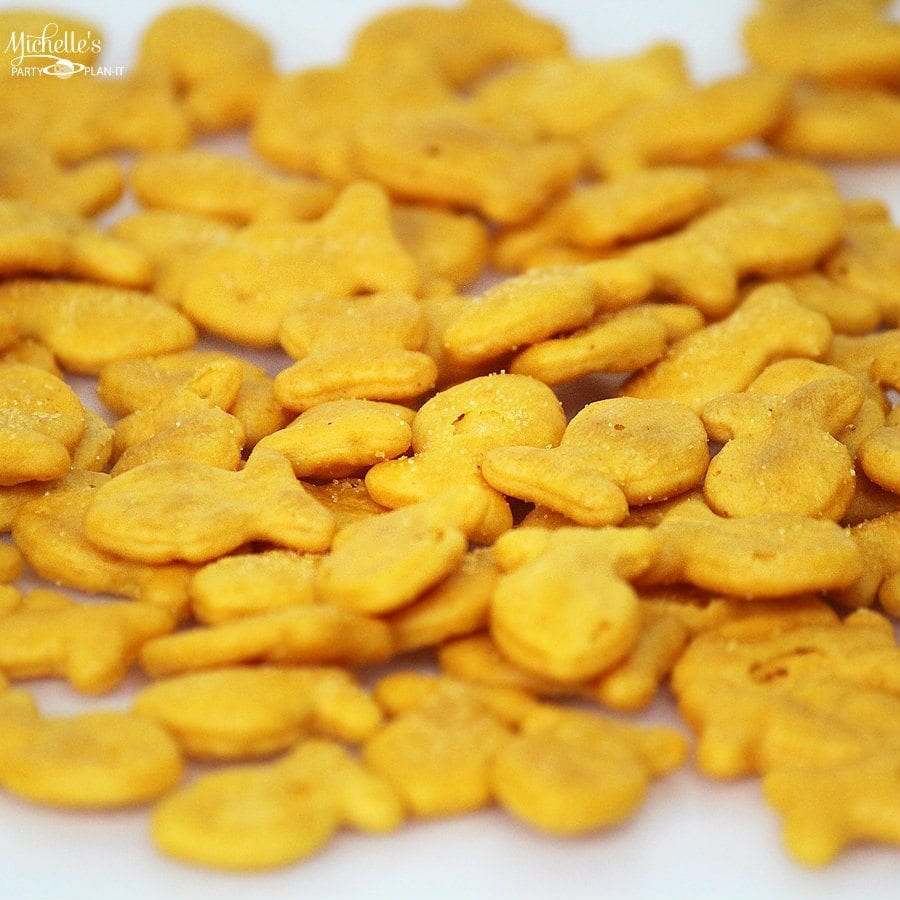 Goldfish Cracker Crusted Cheese Ball Recipe