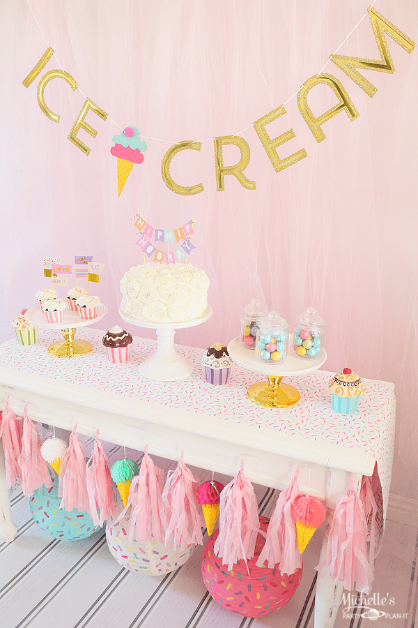 Ice Cream Party Table Display