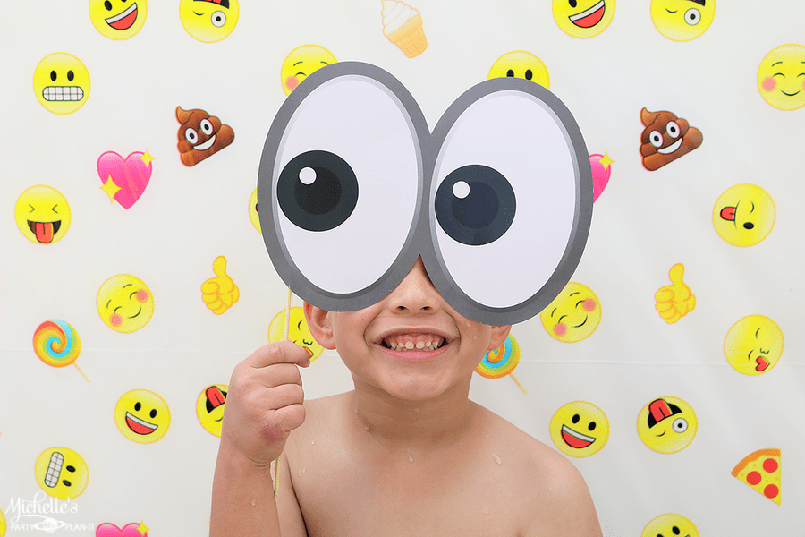 Emoji Pool Party Ideas - Photo Booth