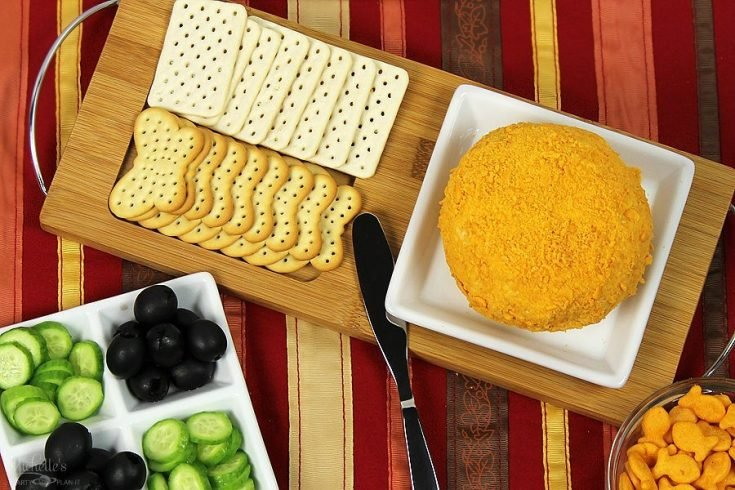 Goldfish Cracker Crusted Cheese Ball | Recipe